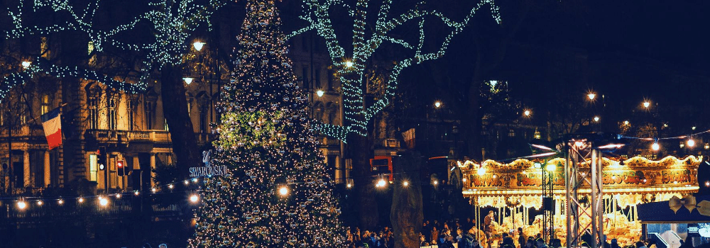 Christmas tree in central London - Fun Christmas facts